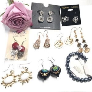 Bundle of Fashion Earrings B17